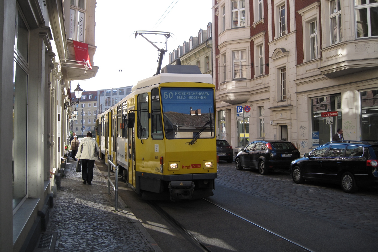 Berlin articulated tram 6137 on tram line 60 on the street Kirchstraße, Köpenick (2012).  Berliner Verkehrsbetriebe (BVG). Articulated tram 6137, manufacturer Tatra, type KT4D-t mod, on tram line 60, in the direction towards Friedrichshagen Altes Wasserwerk.