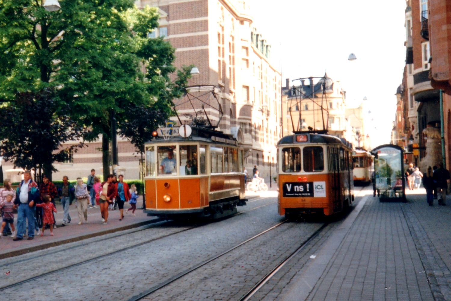 Gothenburg railcar 16 on museum line 1 at the stop Rådhuset (1995)