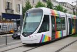 Angers low-floor articulated tram 1011 on tram line A on Boulevard du Maréchal Foch, front view (2016)