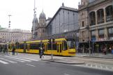 Budapest low-floor articulated tram 2004 on tram line 4 at the stop Nyugati pályaudvar (2013).