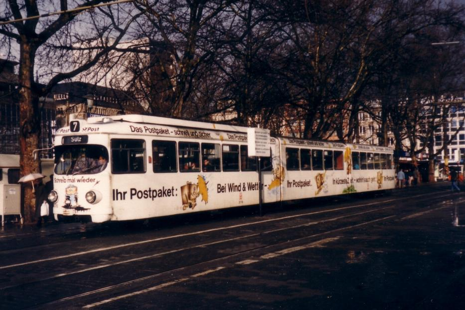 Cologne articulated tram 3776 on tram line 7 in the square Neumarkt (1988).