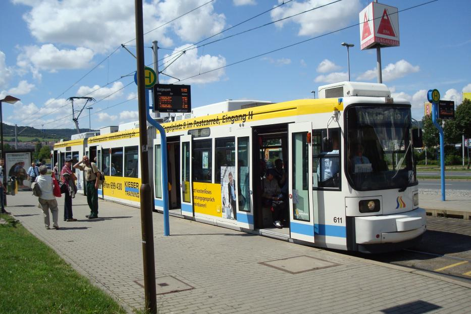 Jena low-floor articulated tram 611 on tram line 1 at the stop Burgaupark (2014).