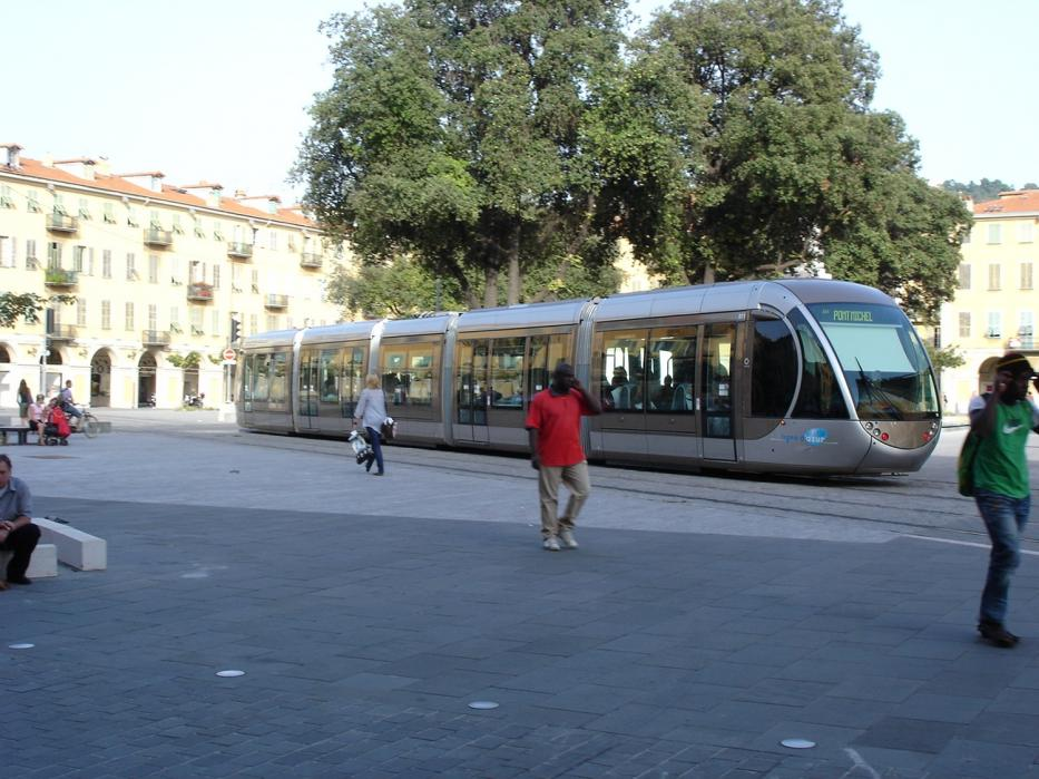Nice low-floor articulated tram 011 on tram line 1 in the square Place Garibaldi (2008).